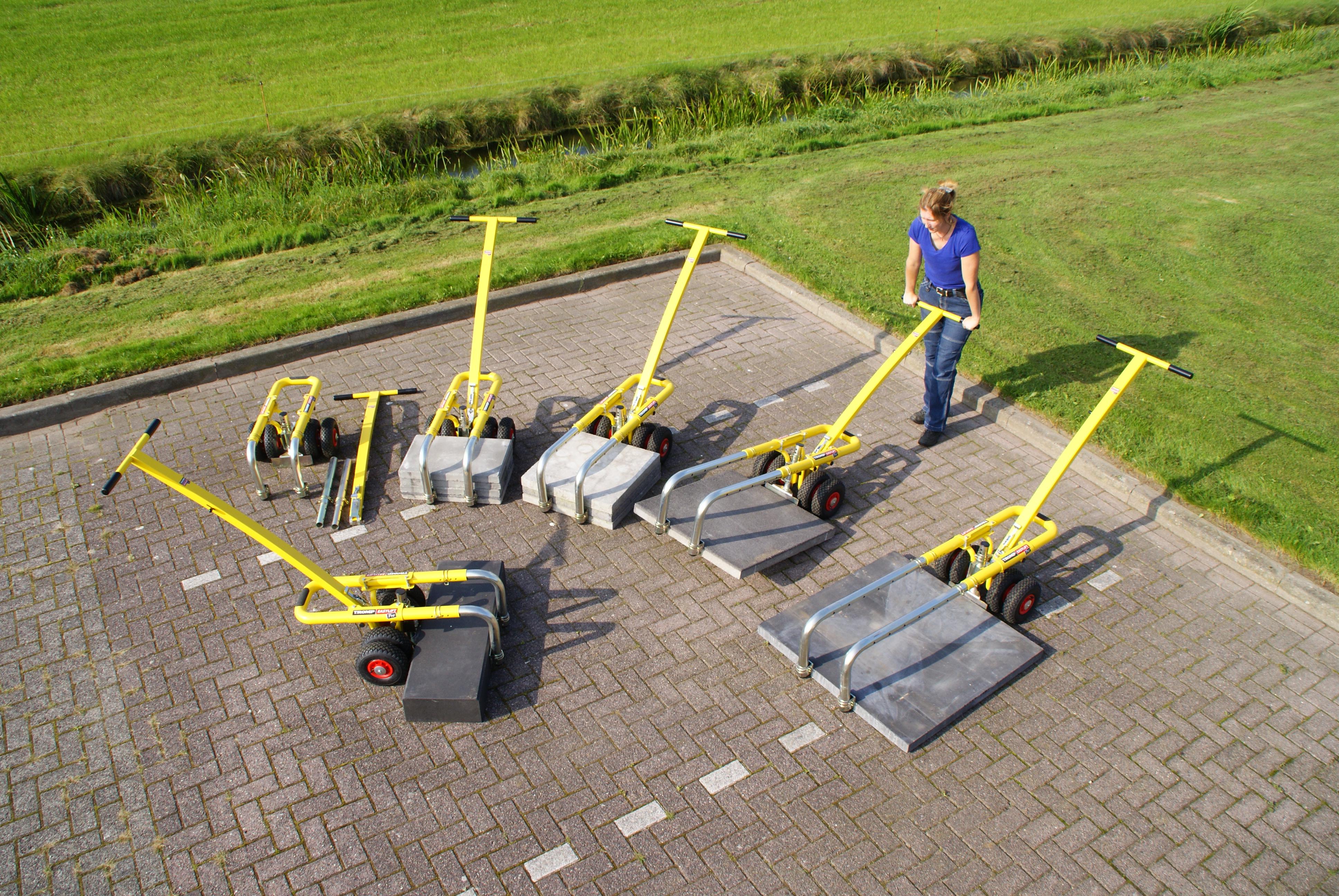 Lifting a slab of 80x80 cm 24 kg